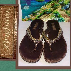 Brighton brown leather flip flop sandals sz8